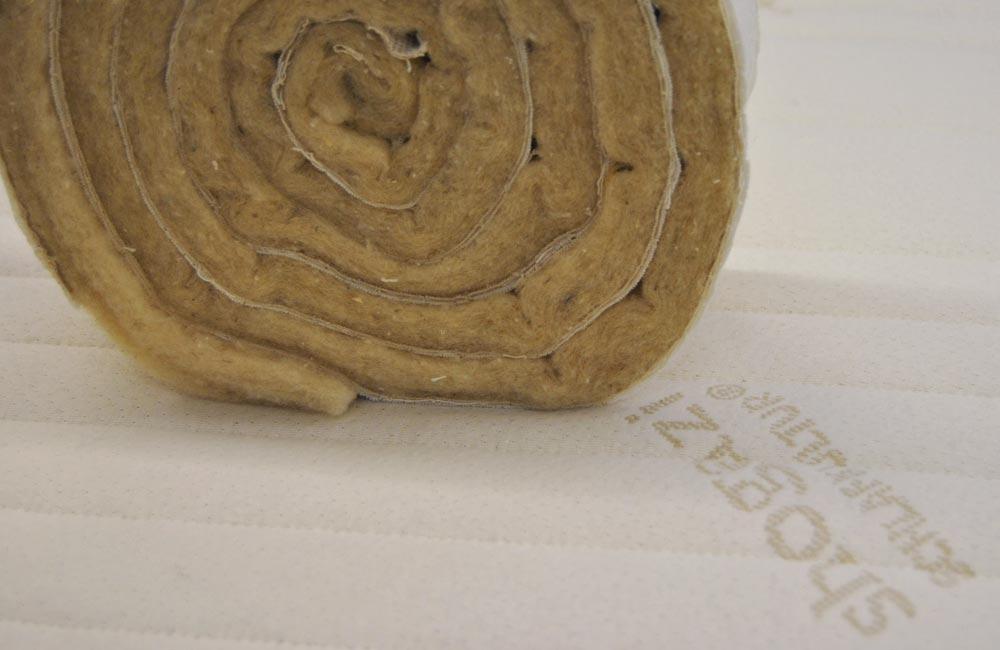 Bezüge für Matratzen aus Baumwolle Jersey und einer Steppung mit Schurwolle